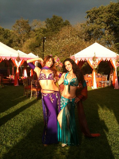 Mariyah and Layla Isis at a California wedding