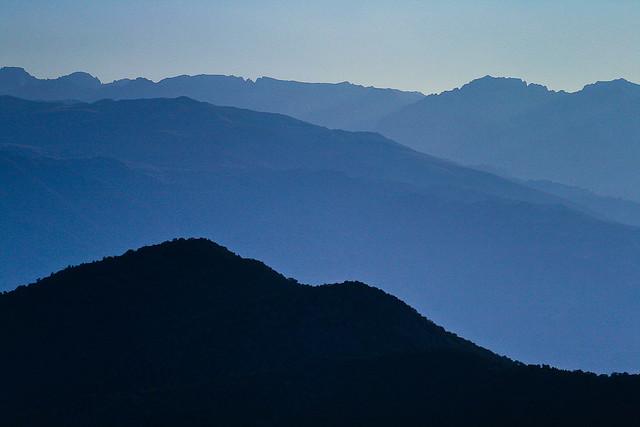 Receding ridgelines of the eastern sierras