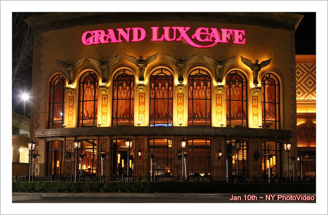 Grand Lux Cafe Roosevelt Field Mall Garden City Ny By Ny Photovideo Flickr Photo Sharing