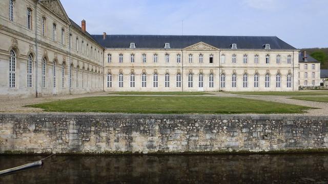 464 Abbaye Notre-Dame du Bec-Hellouin