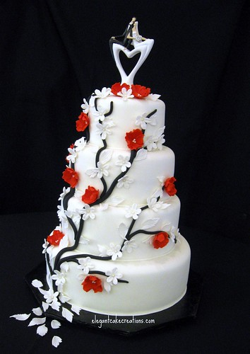 Vine Blossoms Wedding Cake