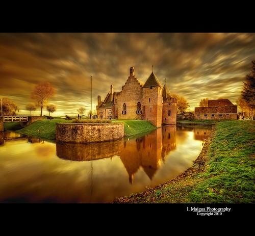 sunset holland castle yellow golden nikon iván medemblik hdr thenetherland nikond200 colorphotoaward photoshopcs3 artistictouch castleradboud ivánmaigua
