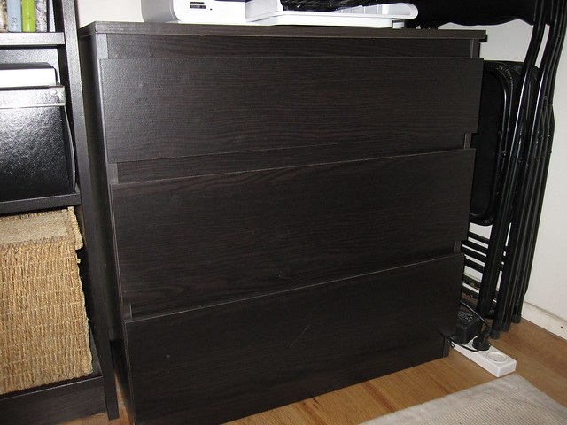 Ikea malm 3 drawer dresser black flickr photo sharing for Malm kommode weiay