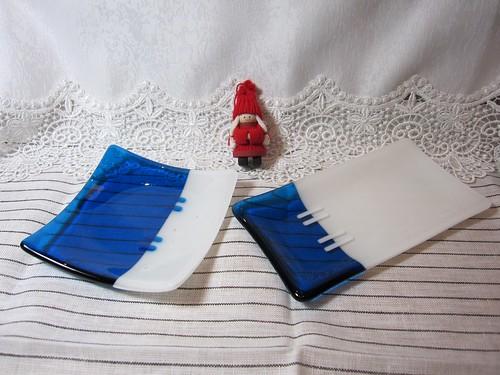 青いお皿2種 by Poran111