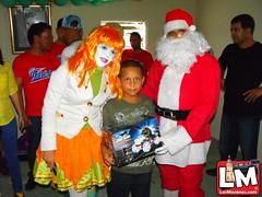 Entregan juguetes en la comunidad de los robles en Juan López
