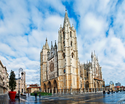 Catedral de León (EXPLORE)