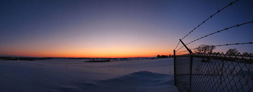 winter sunset panorama snow minnesota fence sundown pano panoramic rochester barbedwire civiltwilight