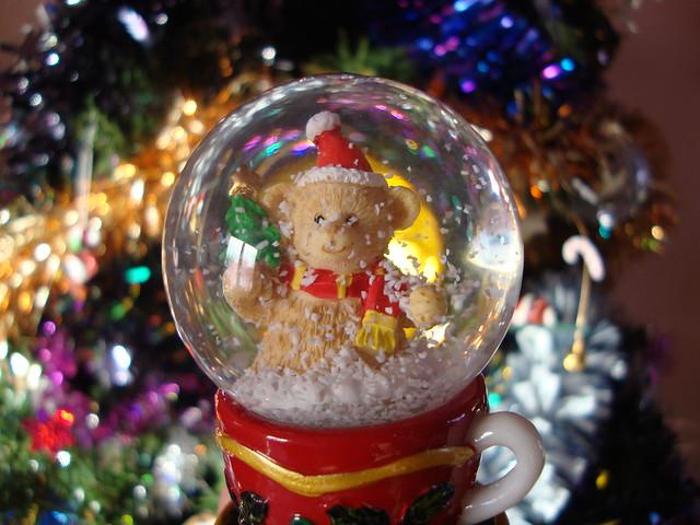 Boule de neige de no l flickr photo sharing - Boules de noel meisenthal ...