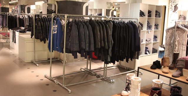 Heavy Duty Free Standing Clothing Racks