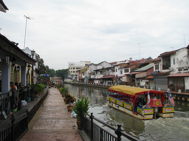 Boat Tour, Malacca River by CC user edumariz on Flickr