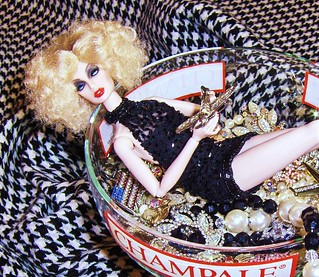 A little Aphrodisiac for Champale Wishes & Vintage Rhinestone Dreams!