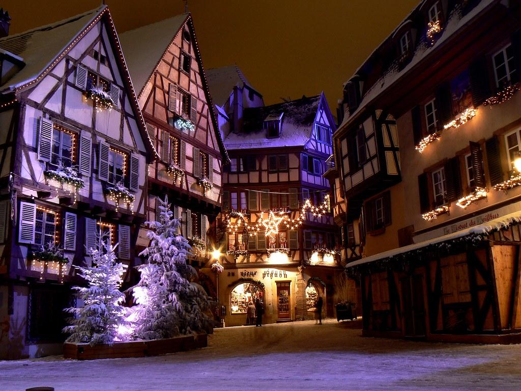 Colmar sous la neige...by night - (1) - (14 photos)