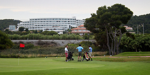 Golfing in Barcelona by flickr user oh-barcelona