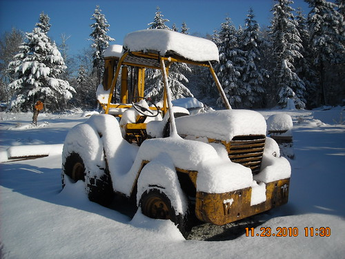 snowman building equipment