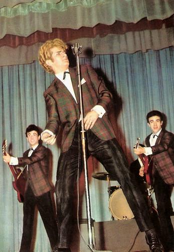 Eddy Mitchell, Les Chausettes Noires