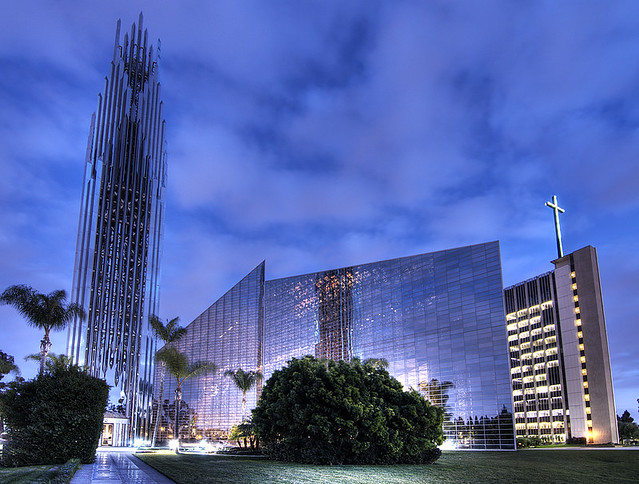 Christ cathedral aka crystal cathedral explore - Maison d architecte orange county californie ...