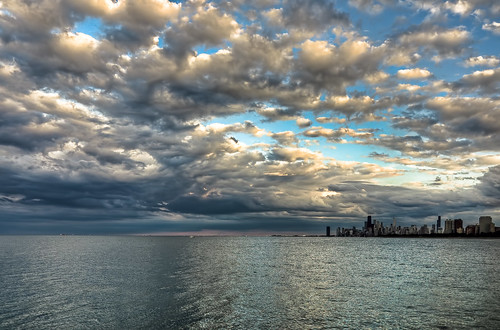 chicago skyline clouds nikon cityscape lakemichigan montrose chicagoist banias d90