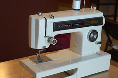 sewing machine(1.0), art(1.0), home appliance(1.0),