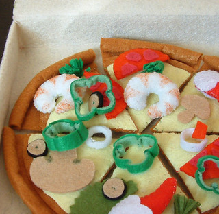 felt food pattern-pizza