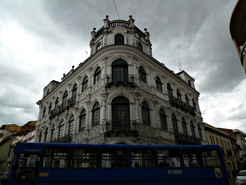 Building with Bus - Cuenca, Ecuador