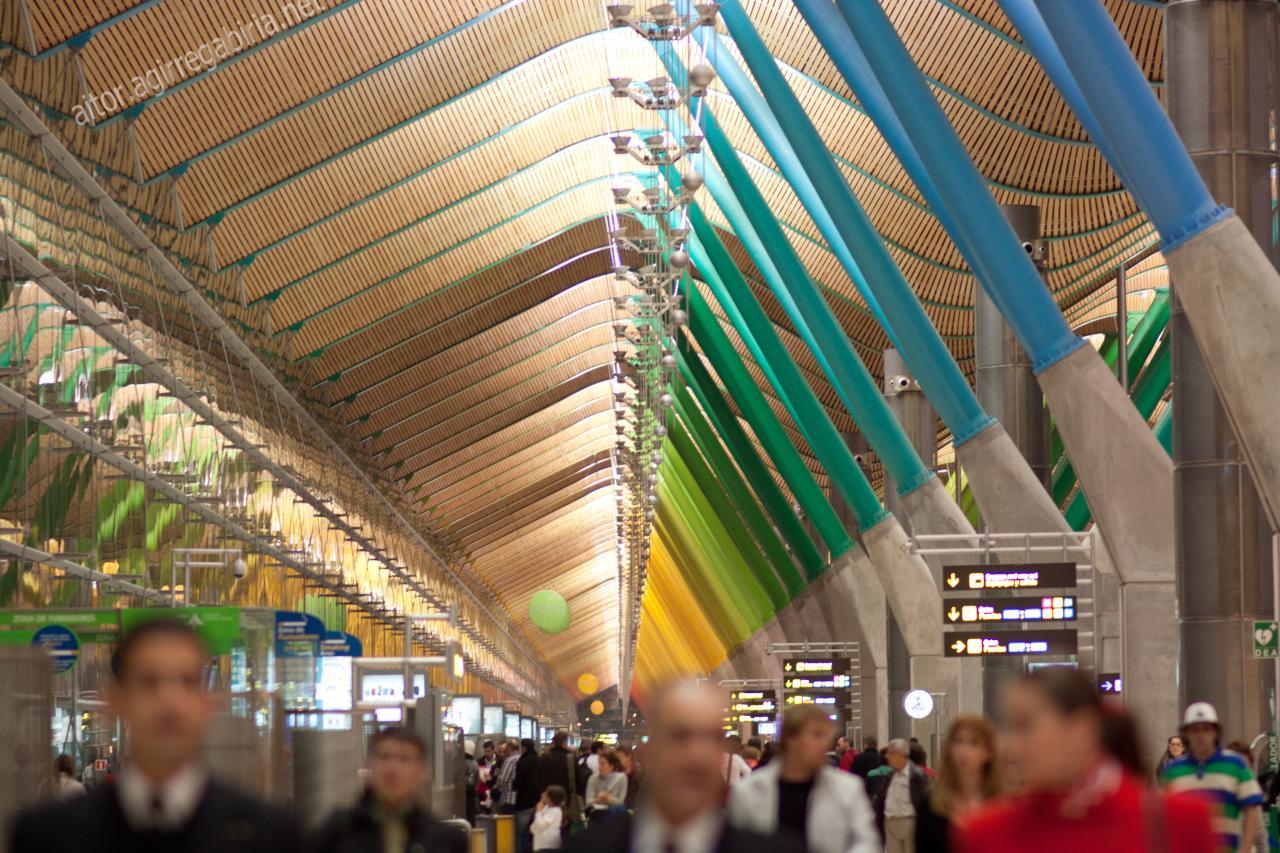 T4 madrid barajas airport blog aitoragirregabiria - Maderas lamelas ...