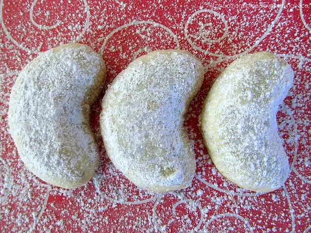 Christmas Crescent Cookies