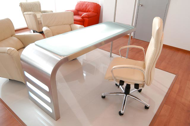 Dise o de mobiliario escritorio en acero inoxidable para for Muebles escritorio diseno