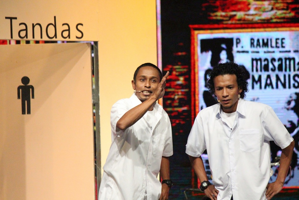 Persembahan LAMPU (Saiful Apek) - Lagenda P. Ramlee