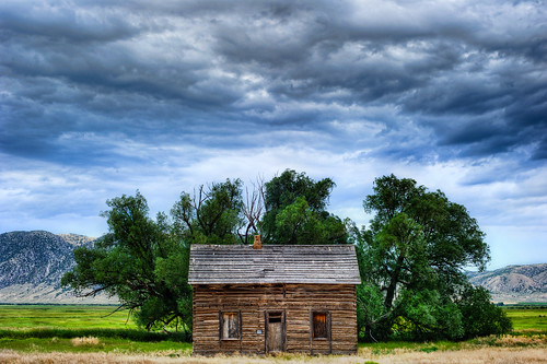 old usa house abandon northamerica geotag 2010 ghosthouse topaz eol gp1 photomatrix bo47 nikond3s exposureoflifecom