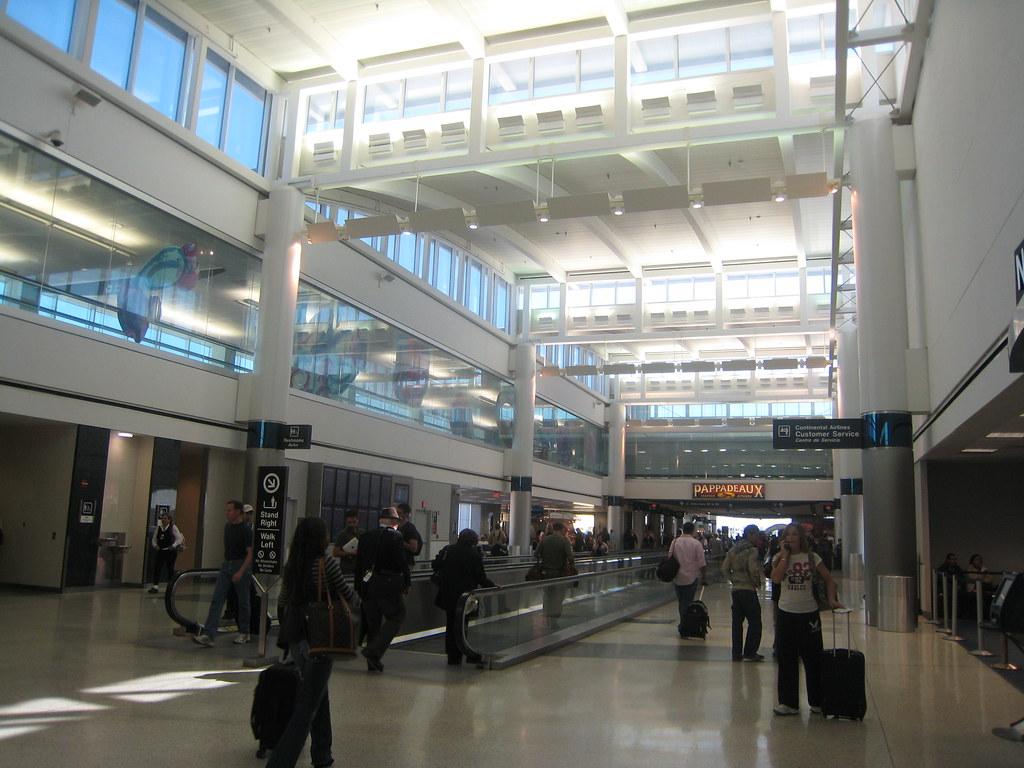 EFD/HOU/IAH | Houston Area Airports - SkyscraperCity