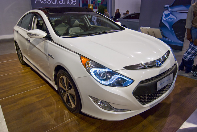 hyundai sonata hybrid video review