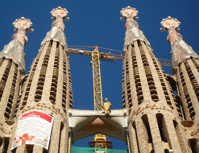 antoni gaud sagrada familia spires with bridge flickr photo sharing. Black Bedroom Furniture Sets. Home Design Ideas