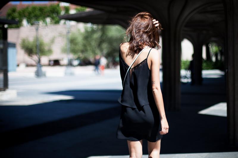 Vestido-Mango-Negro-Lencero-004