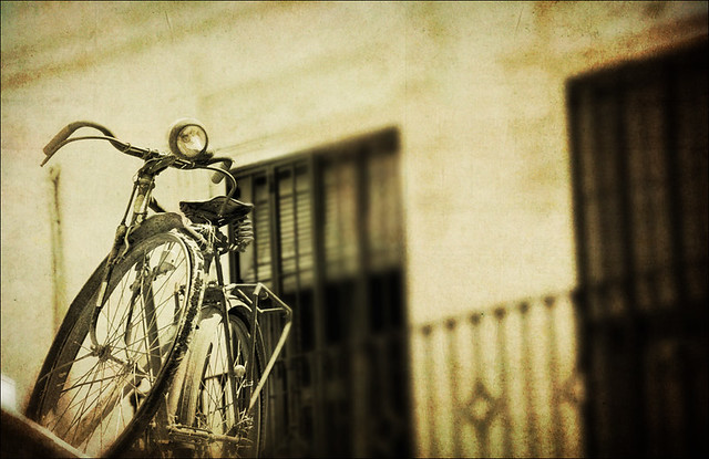 Sevilla - Old bike