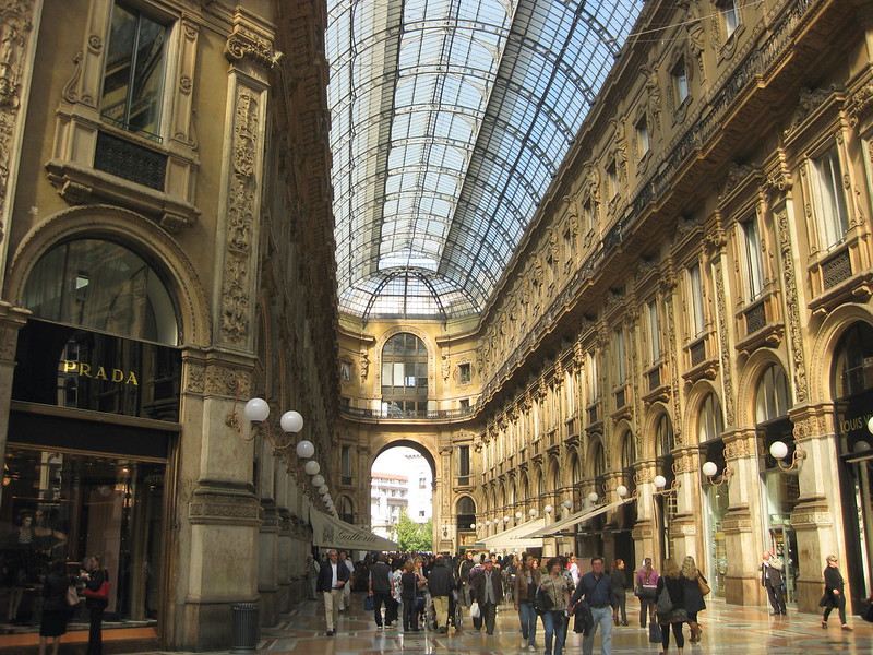 Galleria - Vista verso Piazza della Scala
