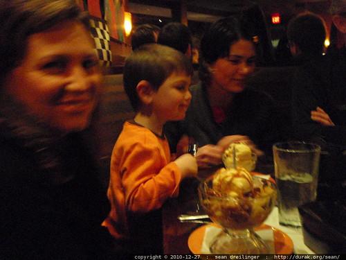 dessert arrives   PC270021.JPG