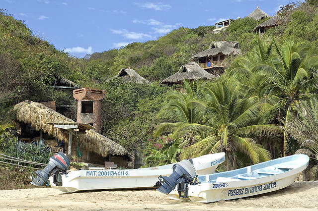Mazunte mazunte is a small beach town on the pacific for Small east coast beach towns