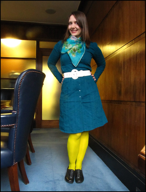 10.1.11: green, blue, white and yellow, and my favorite shirtdress
