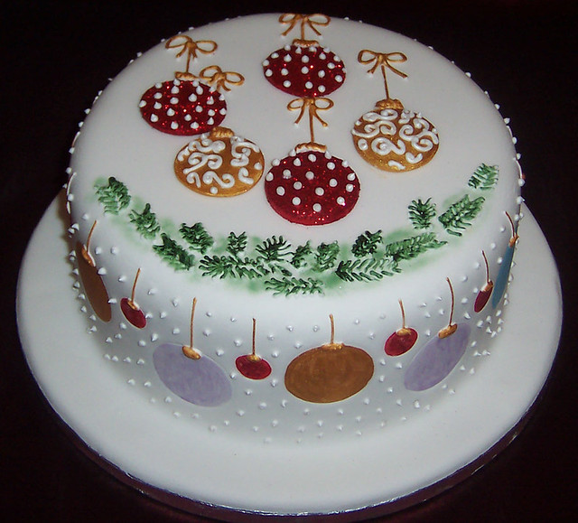 Christmas cake 2010 flickr photo sharing for Iced christmas cakes