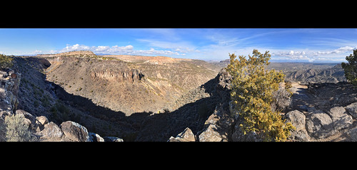 panorama newmexico waterfall whiterock overlook blackmesa rockclimber