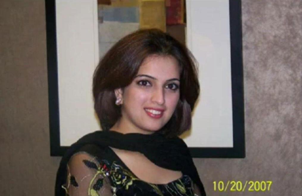 nudr pics of pakistani young girls