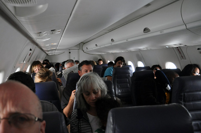 Co express dash 8 200 cabin flickr photo sharing for Classic acid house mix 1988 to 1990 part 1