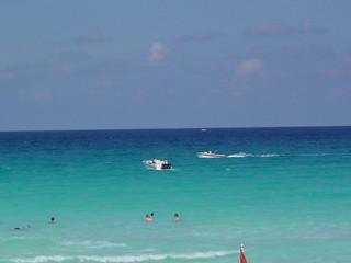 Ocean offf the beach in Cancun
