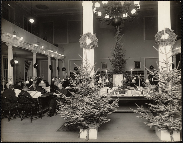 West End Branch Christmas Decorations Flickr Photo