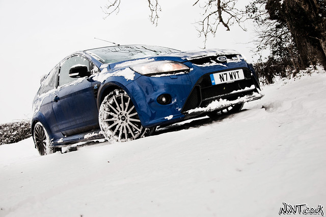 Ford Focus RS Mk2 Out In The Real Snow Covered World