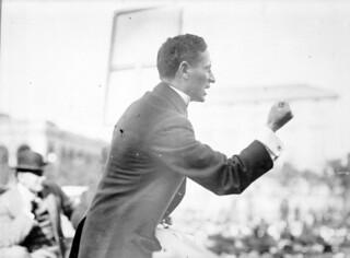 Meyer London giving a speech