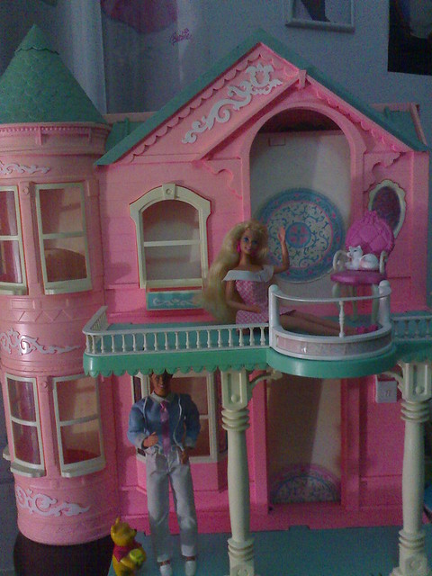 Barbie dream house 1995 flickr photo sharing for Dream house days furniture