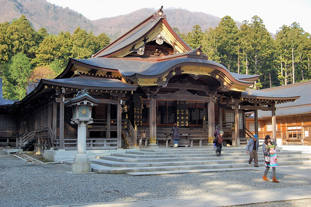 Yahiko Shrine: Main Hall