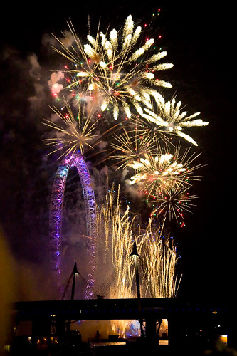 2011 New Years Eve London Eye Fireworks 1
