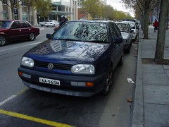 automobile(1.0), automotive exterior(1.0), volkswagen(1.0), vehicle(1.0), volkswagen golf mk3(1.0), city car(1.0), bumper(1.0), land vehicle(1.0), hatchback(1.0), volkswagen golf(1.0),